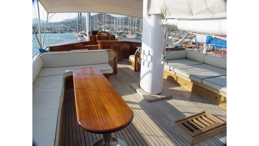 Turkish_Charter_Yacht_for_Sale (13)