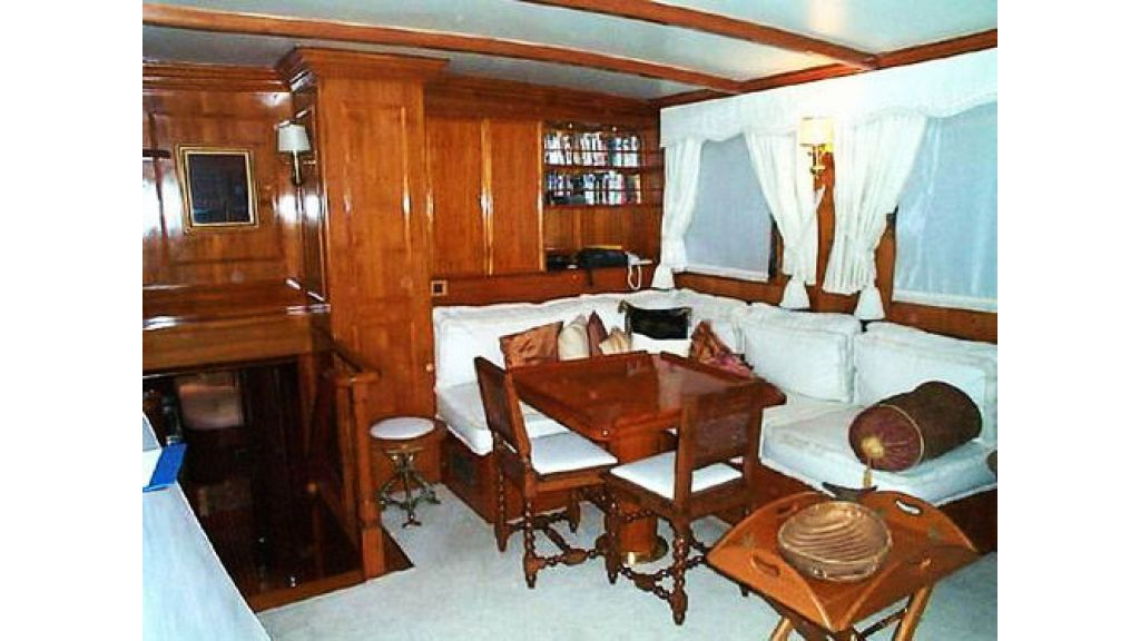 Turkish_Charter_Yacht_for_Sale (16)