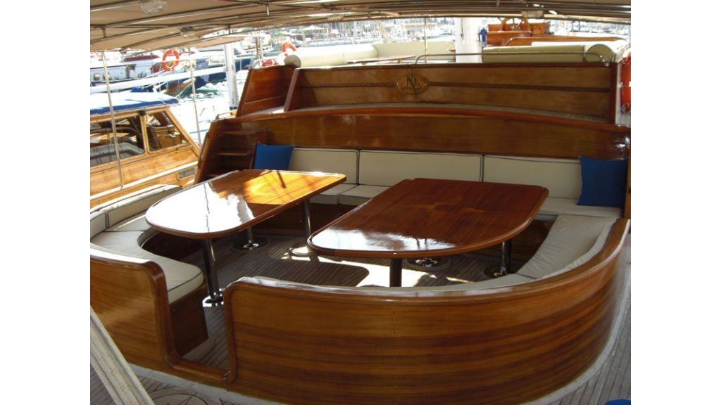 Turkish_Charter_Yacht_for_Sale (4)