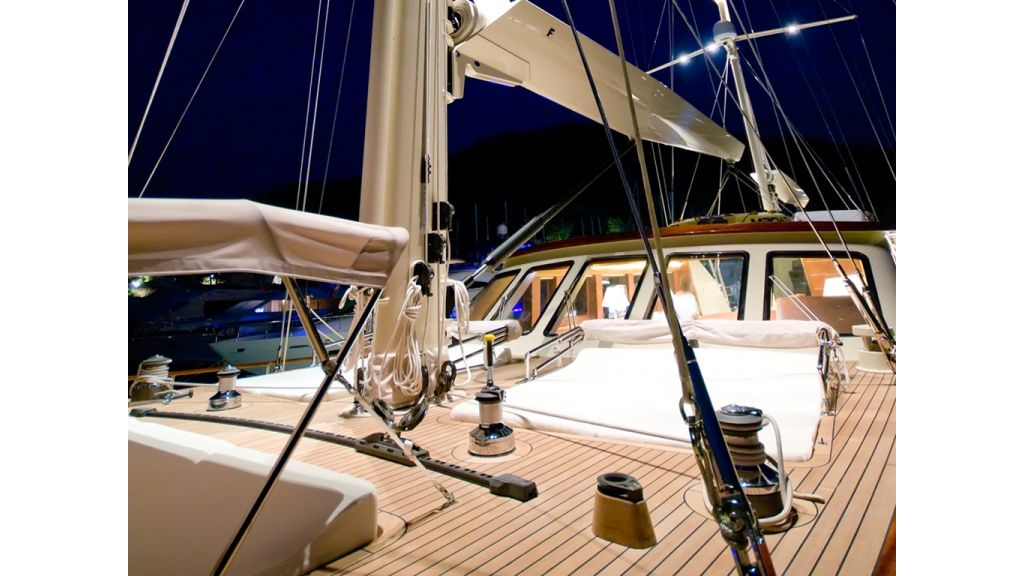 2_Mast_Luxury_Turkish_Gule (15)