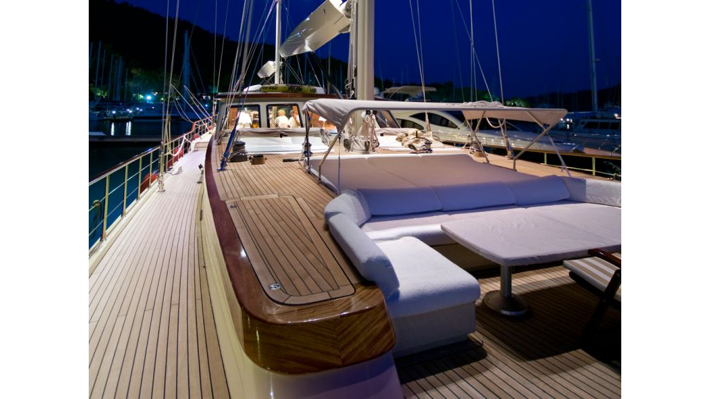 2_Mast_Luxury_Turkish_Gule (9)