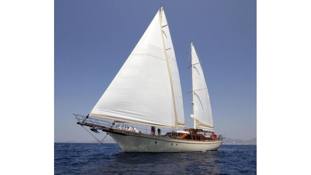 2012 Built Motor sailing yacht (11)