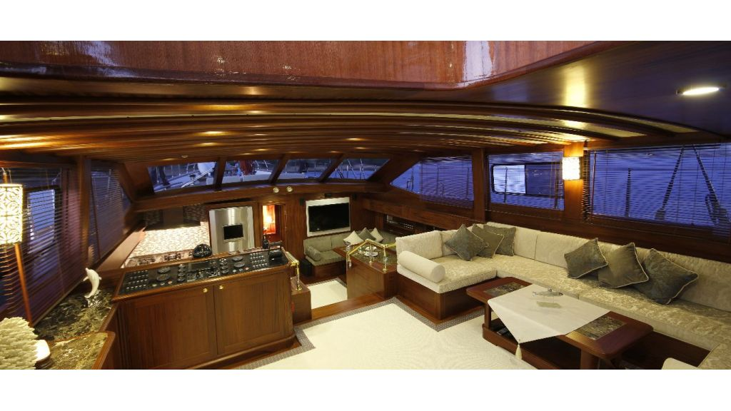 2012 Built Motor sailing yacht (17)