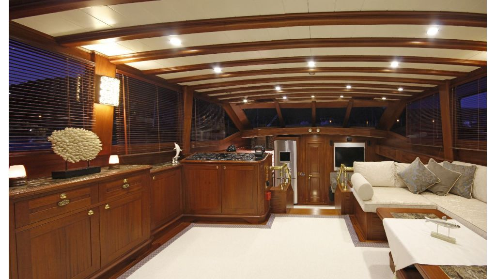 2012 Built Motor sailing yacht (19)