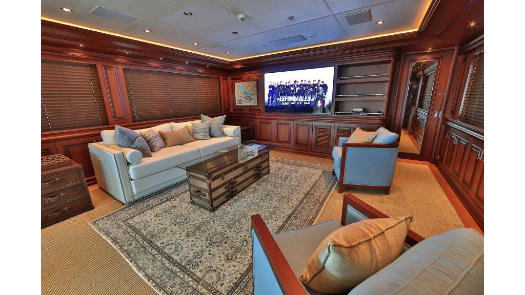 2012 Classic design motor yacht master