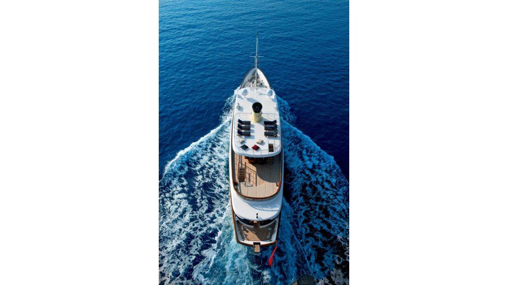 2012 Classic design motoryacht (75)