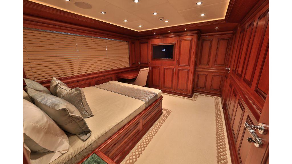 2012 Classic design motoryacht (97)