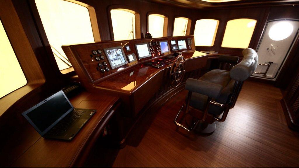 2012 Classic design-motoryacht master
