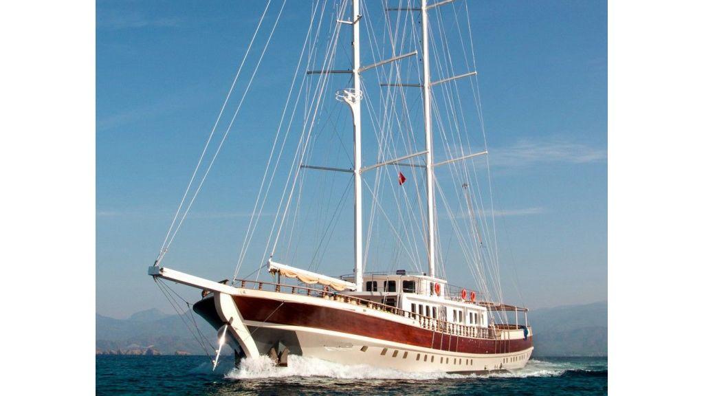 42 m schooner for sale (16)