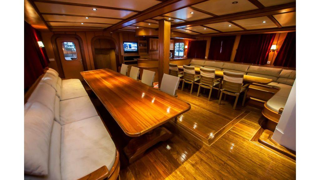 42 m schooner for sale (17)