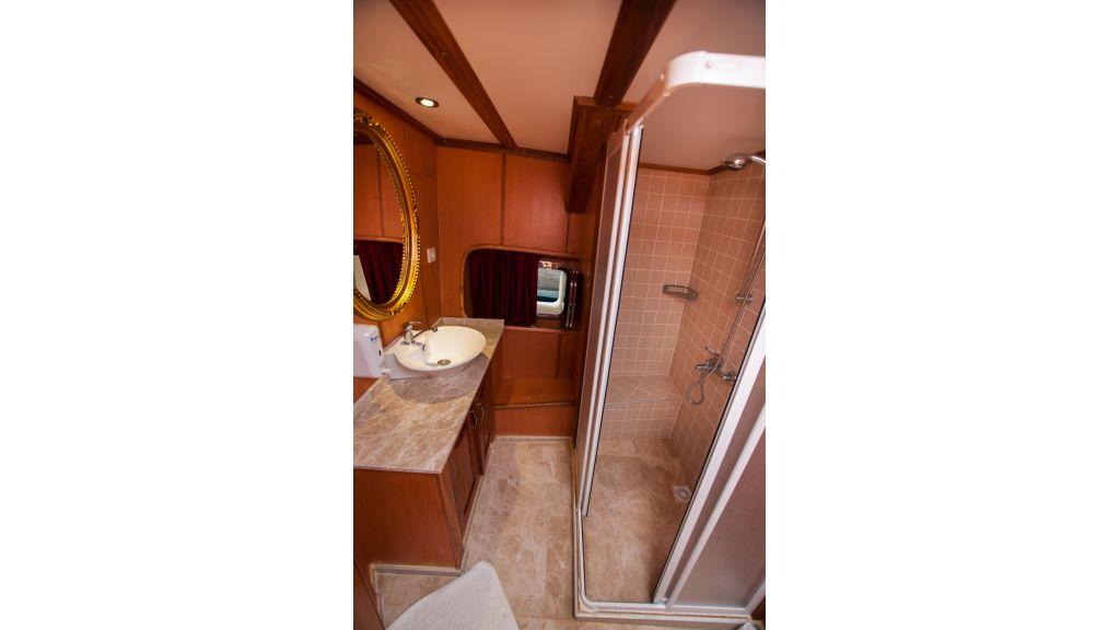 42 m schooner for sale (29)