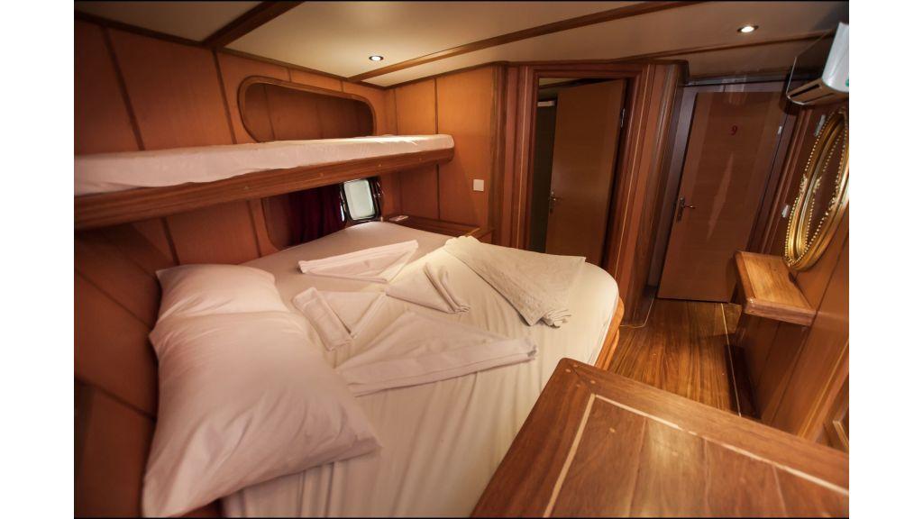42 m schooner for sale (30)