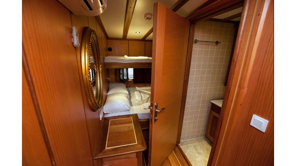 42 m schooner for sale (32)