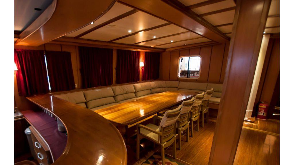 42 m schooner for sale (35)