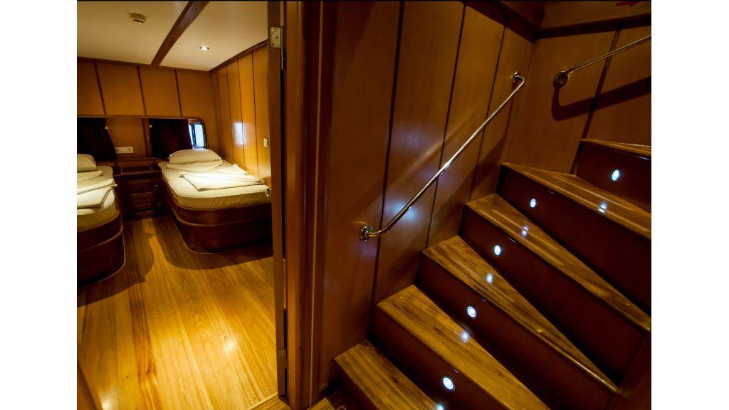 42 m schooner for sale (37)