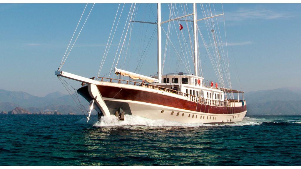 42 m schooner for sale (44)
