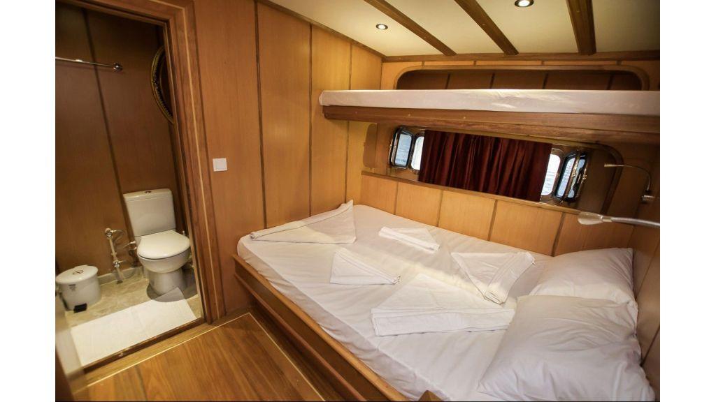 42 m schooner for sale (8)