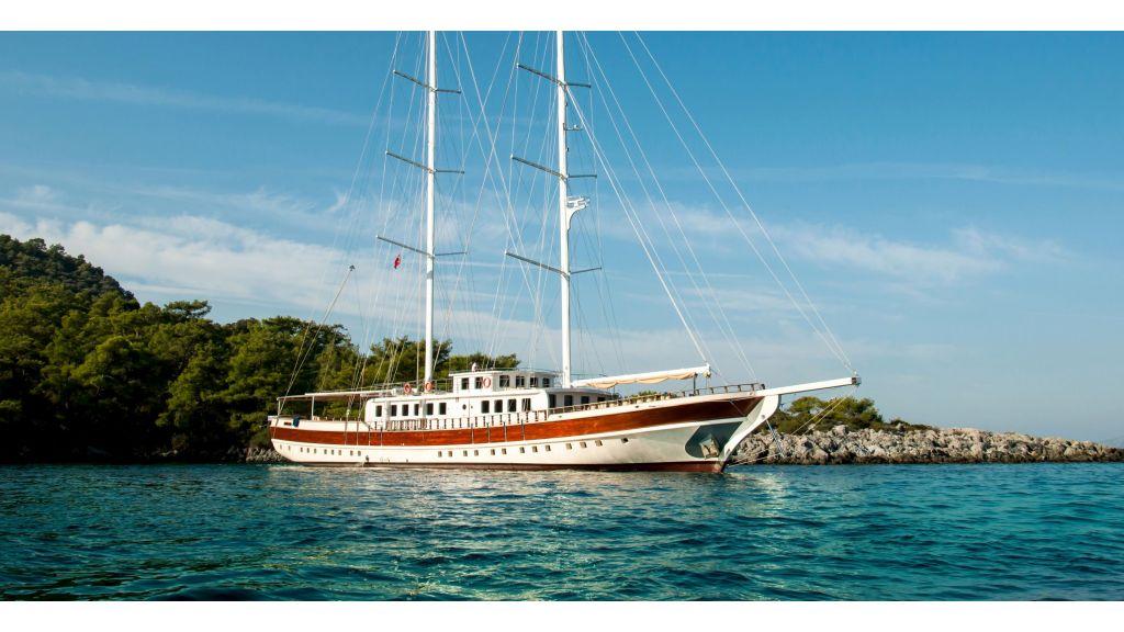 42 m-schooner for sale