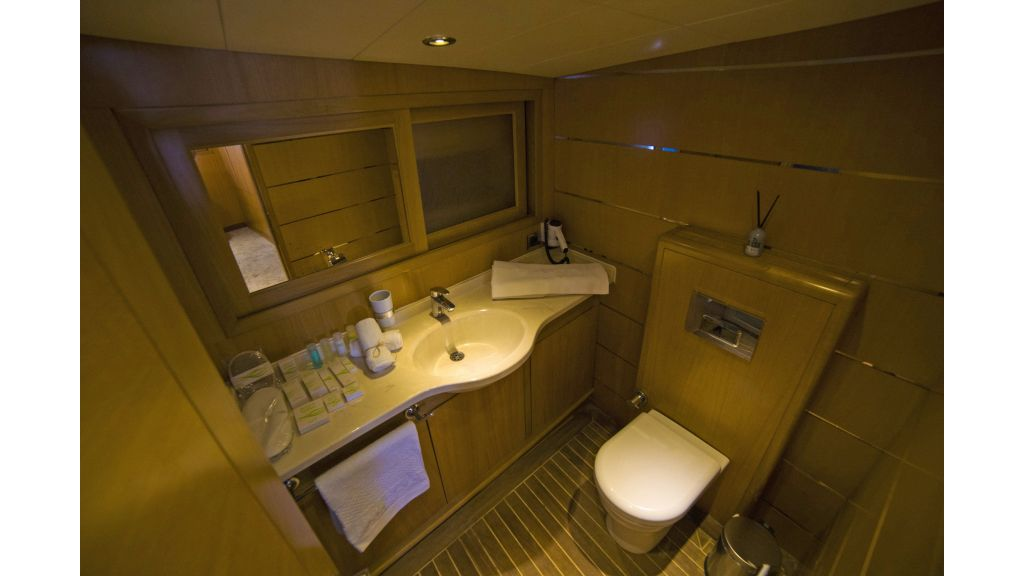 Luxury 5 Cabins Gulet (10)