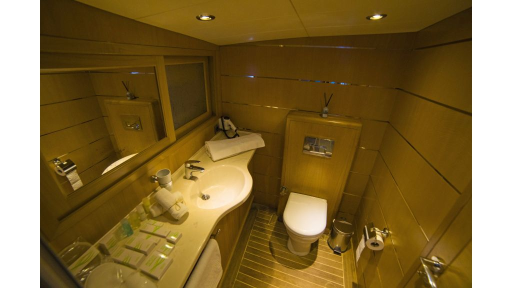 Luxury 5 Cabins Gulet (13)