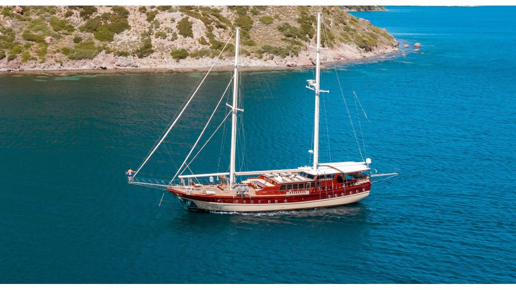 Luxury 5 Cabins Gulet (30)