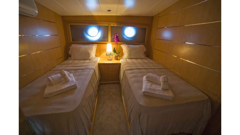 Luxury 5 Cabins Gulet (4)