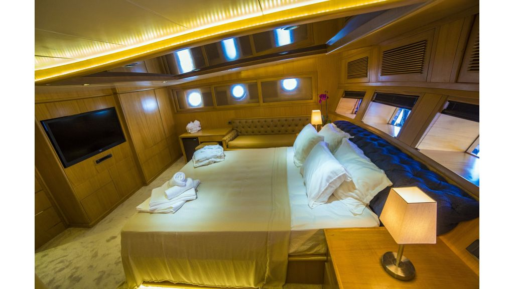Luxury 5 Cabins Gulet (6)
