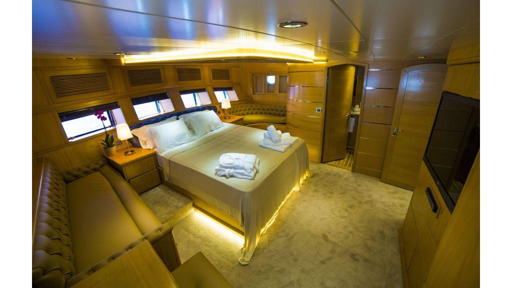 Luxury 5 Cabins Gulet (8)