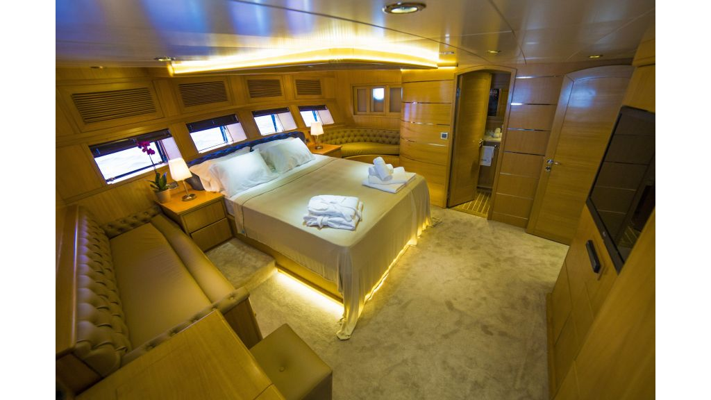 Luxury 5 Cabins Gulet (9)