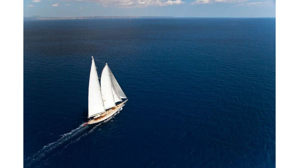 Luxury Sailing Yacht for sale (16)