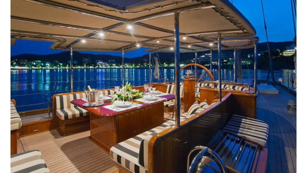 Luxury Sailing Yacht for sale (18)