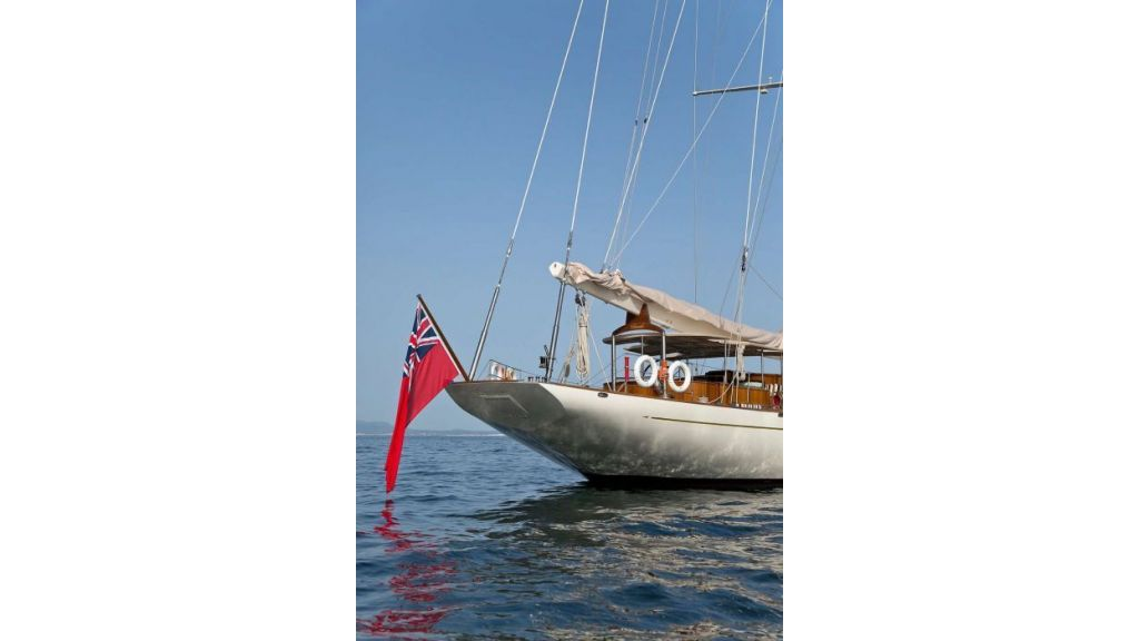 Luxury Sailing Yacht for sale (30)