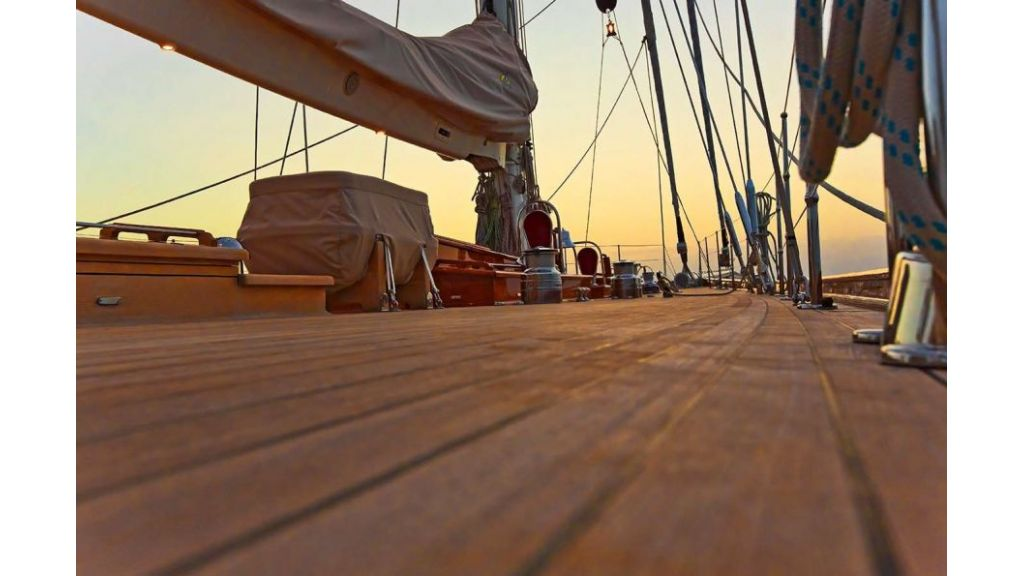 Luxury Sailing Yacht for sale (34)