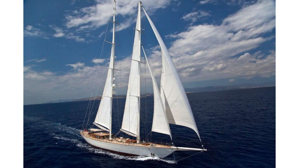 Luxury Sailing Yacht for sale (39)