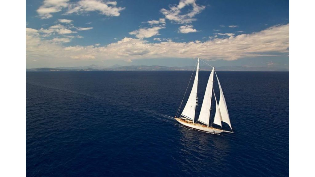 Luxury Sailing Yacht for sale (6)