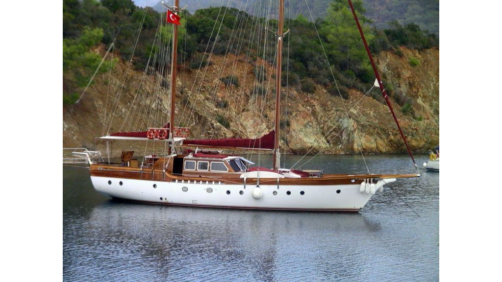 Sailing Yacht isla (1)