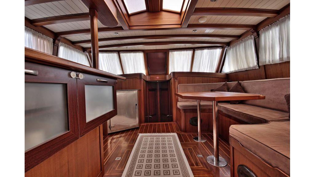 Sailing Yacht isla (16)