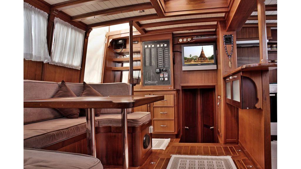 Sailing Yacht isla (19)