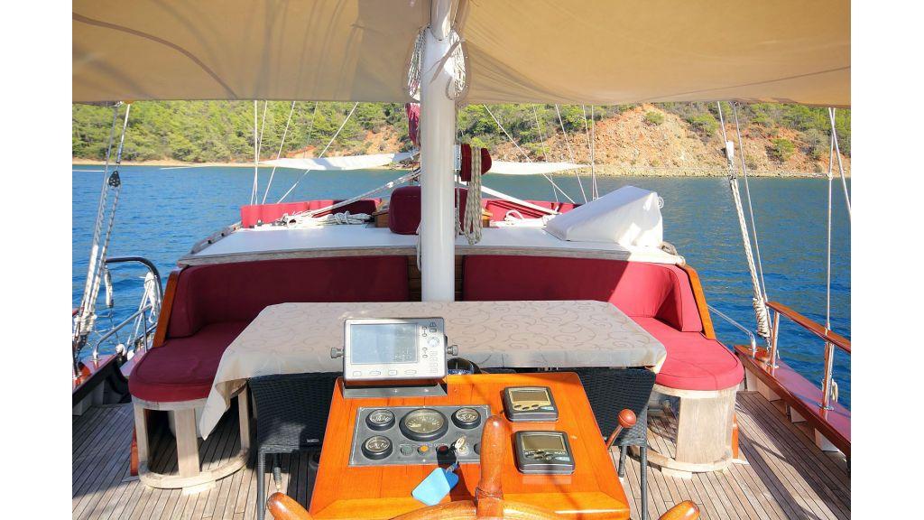 Sailing Yacht isla (2)