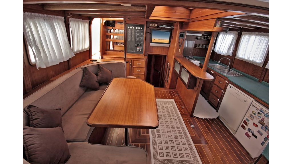 Sailing Yacht isla (21)