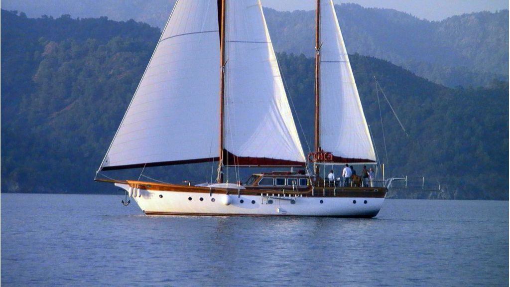 Sailing Yacht isla (26)