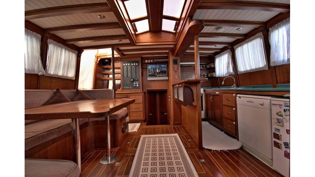 Sailing Yacht isla (29)