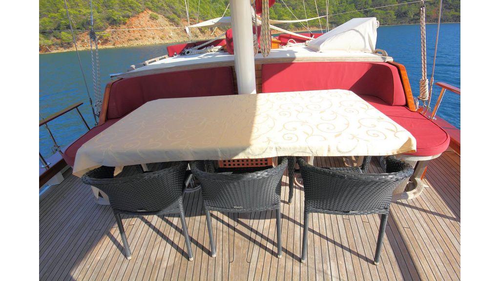 Sailing Yacht isla (3)
