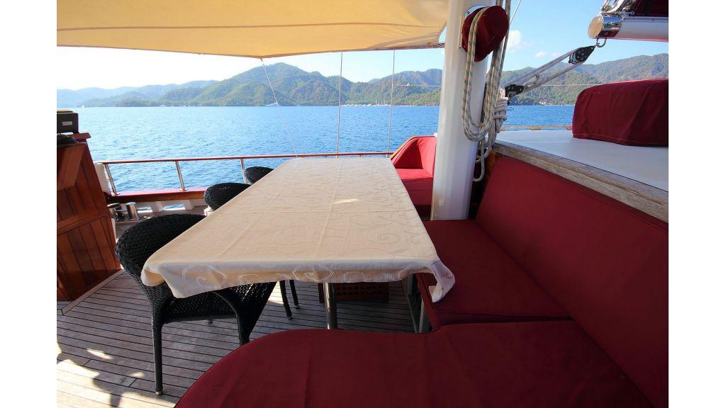 Sailing Yacht isla (4)