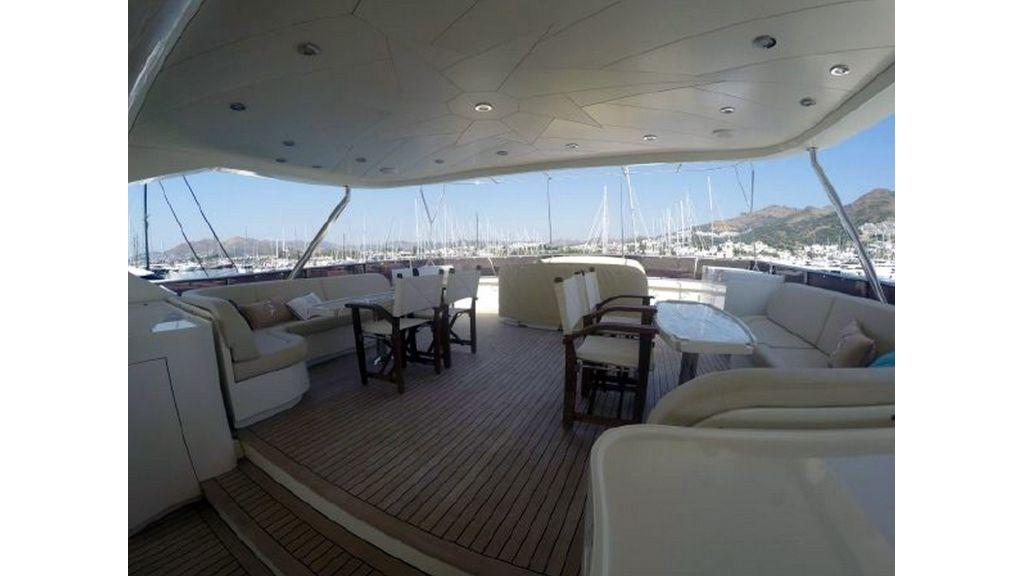 trawler motor yacht (11)