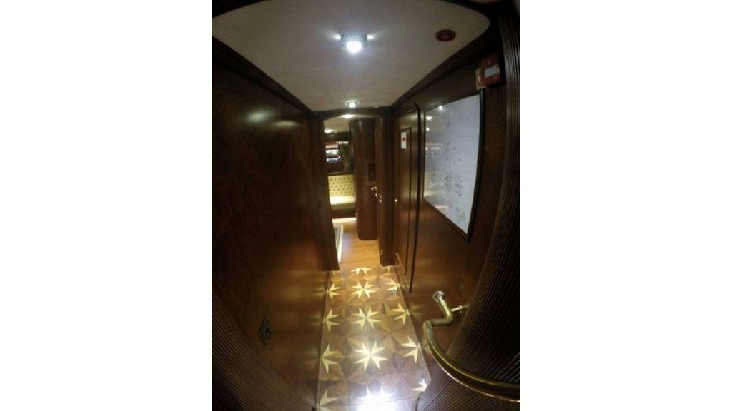 trawler motor yacht (29)