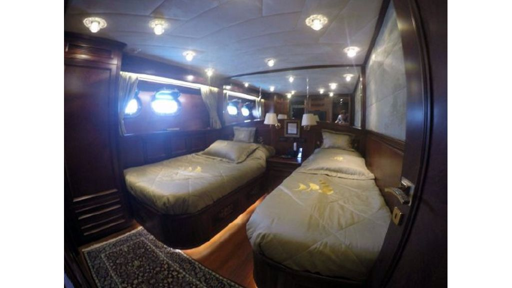 trawler motor yacht (42)