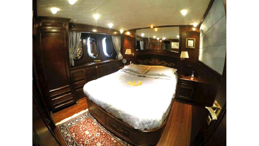 trawler motor yacht (46)