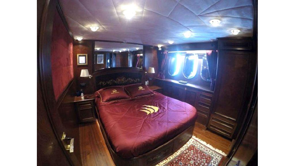 trawler motor yacht (48)