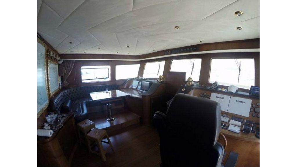 trawler motor yacht (50)